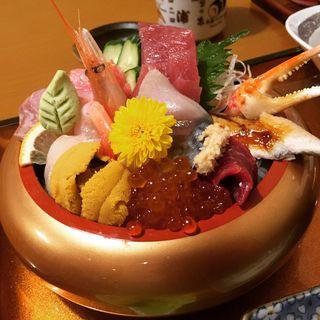 海鮮丼(竹の浦 飛翔閣 (たけのうらひしょうかく))