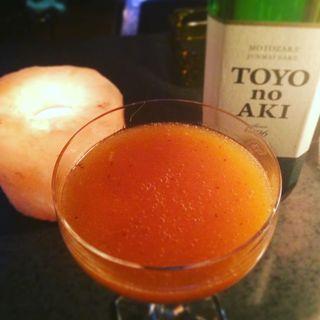 熟し柿と日本酒のカクテル(寺町Bar Cocktail&Heart)