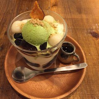 豆乳パフェ(健康カフェ実身美サンミsangmi 京橋店)