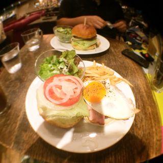 ハンバーガー(ブルックリンパーラー )
