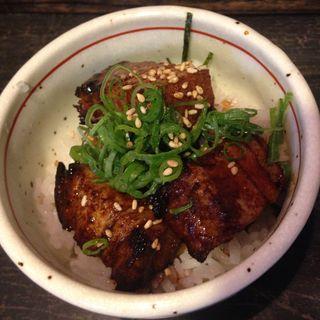 ミニチャーシュー丼(麺やBar 渦 (めんやばー うず))