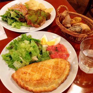 牛ひき肉とチーズのジューシーパイ(メゾン・イチ 代官山 (MAISON ICHI))