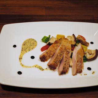 鶏モモ肉のfグリル(Nプラスカフェ)