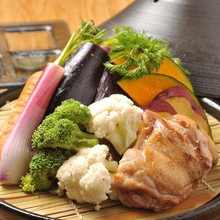 グリルチキンと野菜のタジン風(七菜 yasaiya)