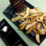 フィレ肉とベジタブルのプロシェット 照焼ソース山椒風味