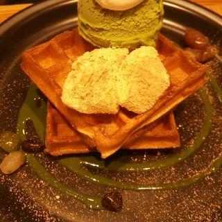 豆乳ワッフル 抹茶とわらび餅(こなな エキマルシェ大阪店 )