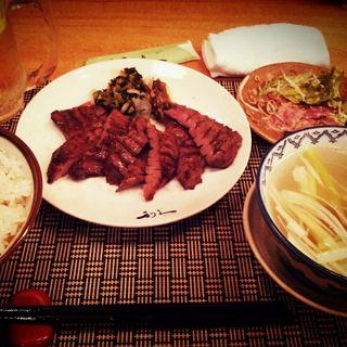 牛たん1.5人前定食(牛たん炭焼き 利久 一番町店 (ぎゅうたんすみやき りきゅう))