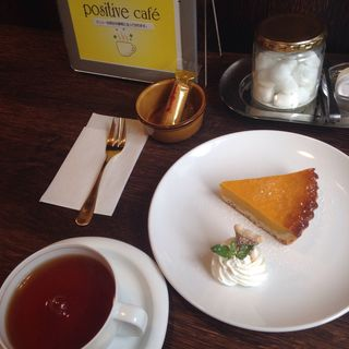 カボチャのタルト(positive cafe)