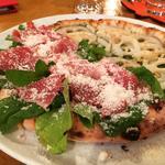 蓮根とプロシュートのピザ