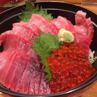 中トロ、いくら丼(又こい家 大阪難波店 (マタコイヤ))