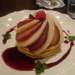 ラ・フランスと赤ワインのパンケーキ