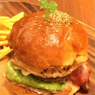 ベーコンエッグチーズバーガー(Island Burgers )