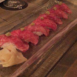 和牛赤身のにぎり寿司(表参道焼肉 KINTAN )