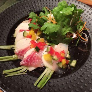 紅葉鯛とサラダ蕪のカルパッチョ(新宿やさい 心菜 (-cocona-))