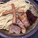 濃厚煮干しつけ麺(小盛)+辛し(自家製麺 工藤 )