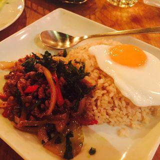 鶏肉のガパオ炒めご飯(モンスーンカフェ 舞浜イクスピアリ (Monsoon Cafe))