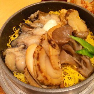 ホタテ牡蠣釜飯 バター(ふく亭 新千歳空港店)