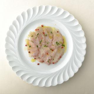 金沢産鮮魚のカルパッチョ(オステリア・トット (OSTERIA TOTTO))