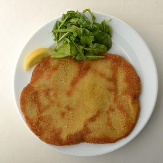 牛肉のカツレツ(オステリア・トット (OSTERIA TOTTO))
