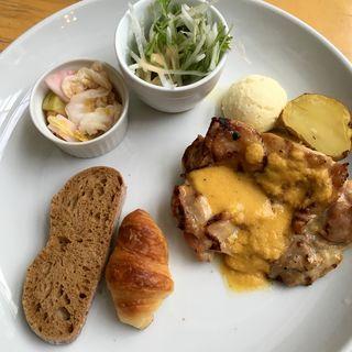 鶏もも肉のグリル 和風ねぎソース(エコファームカフェ 632 (ECO FARM CAFE 632【旧店名】ベーカリーカフェ 632))