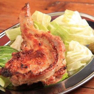 鶏モモ肉炭火焼(へちもん )