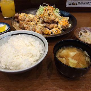 唐揚げ定食(チーズ)(もり達 仙台ロフト地下店 )