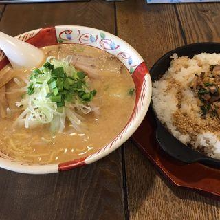 きれこく味噌麺+鉄焼きめし(ヌードルみの作)