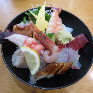 海鮮丼 (まるよし )
