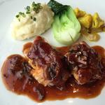 大山鶏のポワレ マッシルームソース