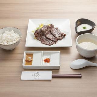 牛タン定食(たんや )