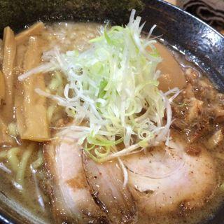 味玉魚だし白湯麺(らー麺 山之助 )