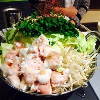 もつ鍋(栃木ホルモン 炭蔵)