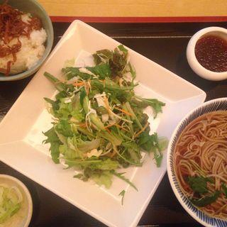 サラダ蕎麦ランチ(千年 (センネン))