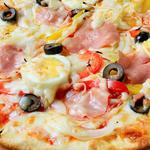 玉子とハムのピッツァ