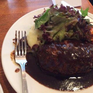 ハンバーグ(スープ、ライス付き)(レストラン・サカキ (RESTAURANT SAKAKI))