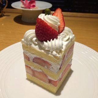 イチゴたっぷりショートケーキ(24 (トゥエンティフォー))