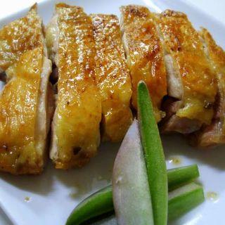 地鶏もも肉の一枚炭火焼(Pollo (ヤキトリダイニング ポッロ))