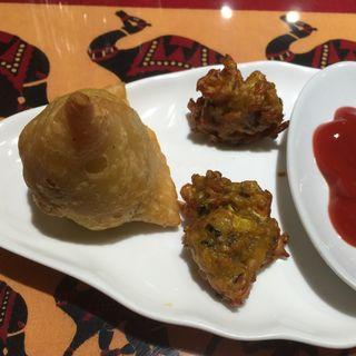 インドの餃子と野菜てんぷら(シブシャンカル 城西店 )