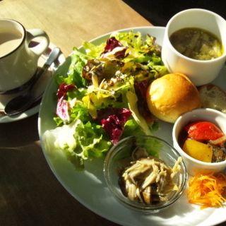 サラダ&スープのパンプレート(コトカフェ (coto cafe))