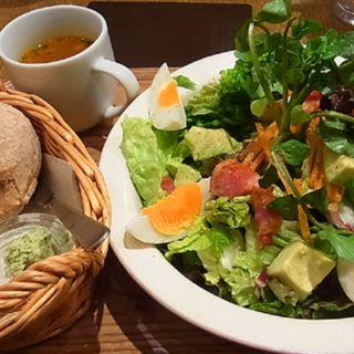 グリーンガーデンサラダ(クックコープカフェ 新宿マルイ店 (COOK COOP CAFE))
