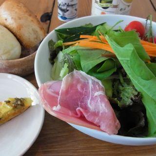 大きなサラダランチ(南青山野菜基地 ORIGINAL )