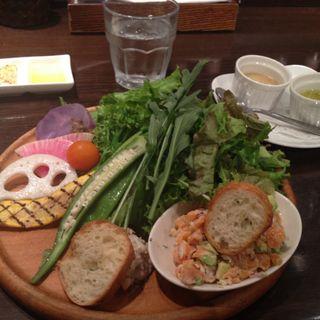 オーガニックサラダランチ(ビストロ ワイン カフェ ハース (Bistro Wine Cafe HEARTH))