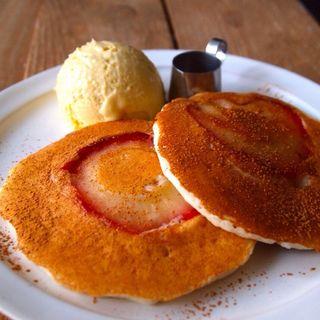 林檎のパンケーキ(ももちどり)