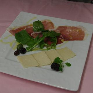 プロシュート&チーズ(RIZTIARE)