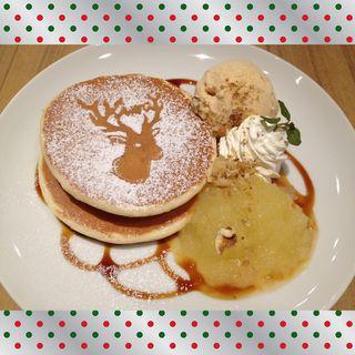鹿ちゃんホットケーキ キャラメル&アップル(アトリエ カフェ キラリト ギンザ (ATELIER CAFE))