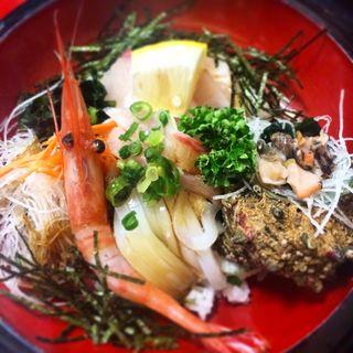 海鮮丼(くいもんやさざなみ)