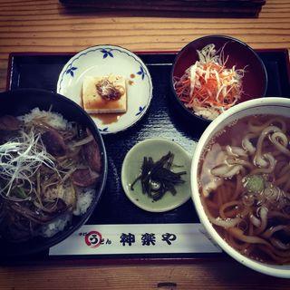 鴨の焼肉丼(神楽や (かぐらや))