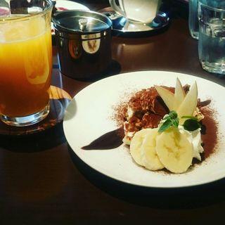 本日のケーキ(ドリンクセット)(cafe juju (カフェ ジュジュ))