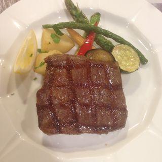 本日の肉料理(ラ ブォナ ヴィータ (LA BUONA VITA))