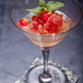 苺のシャーベット(和食 完全個室 かざね 銀座店 )